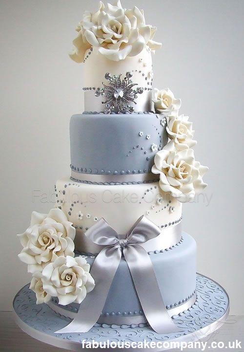 Bolo com cupcakes12 - Bolo de Casamento Clássico - Inspirações