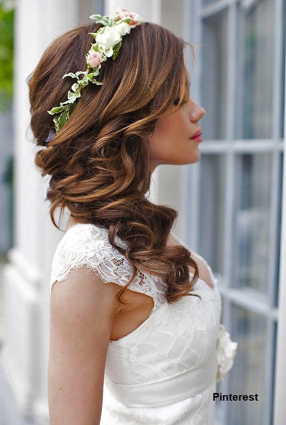 Penteado com grinalda de flores10 - Penteados com grinaldas de flores