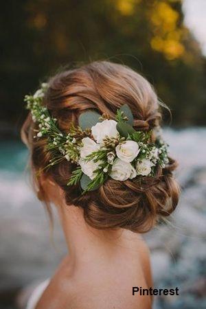 Penteado com grinalda de flores8 - Penteados com grinaldas de flores