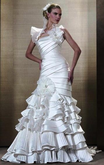 Pronuptia 1 - Vestidos de Noiva / Bridal Collection - Colecções 2013