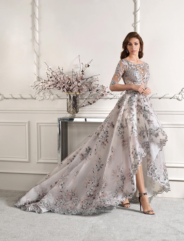 CORES ALTERNATIVAS Demetrios 877 - Tendências para vestidos de noiva em 2019