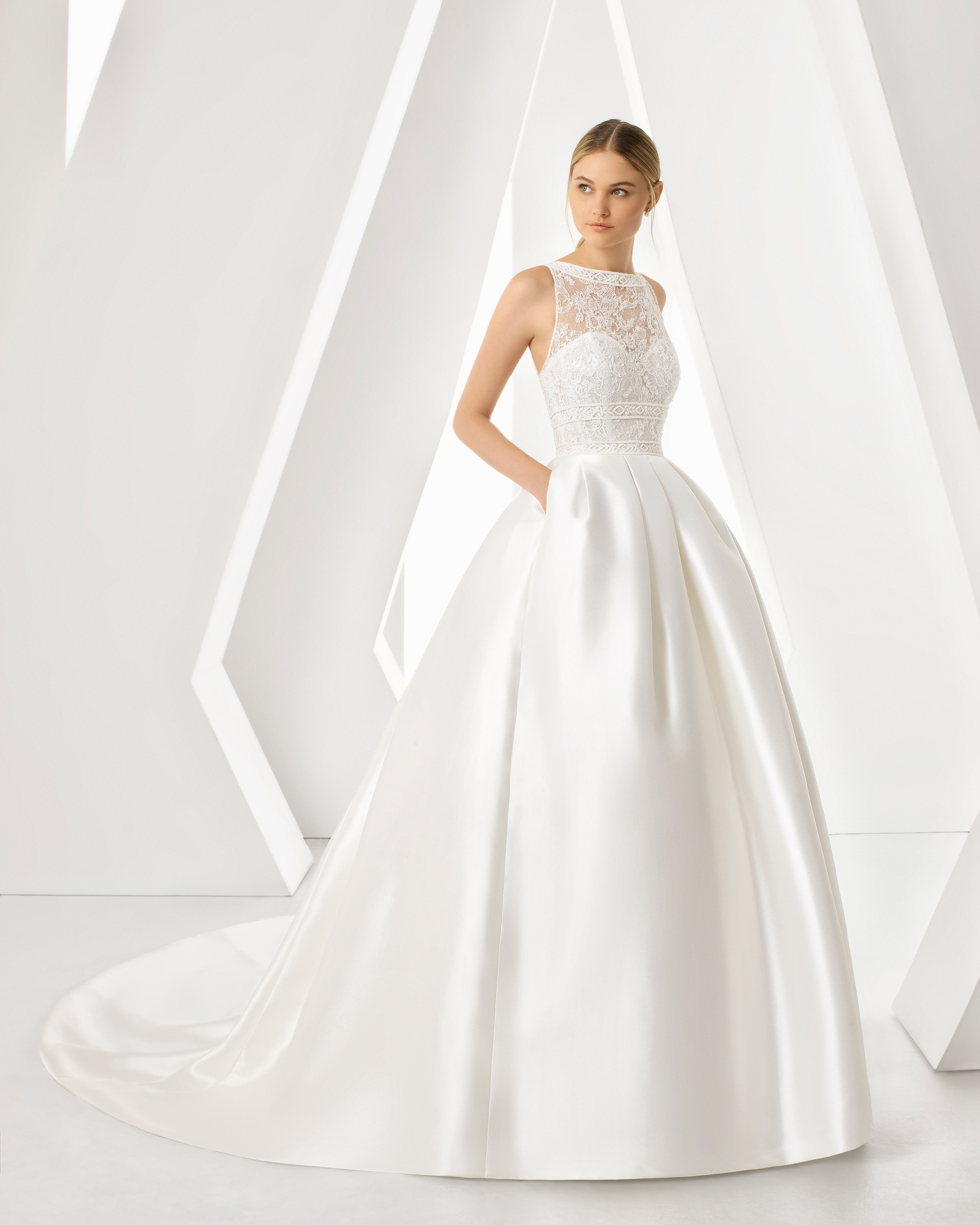ESTILO PRINCESA Rosa Clará modelo Dream - Tendências para vestidos de noiva em 2019