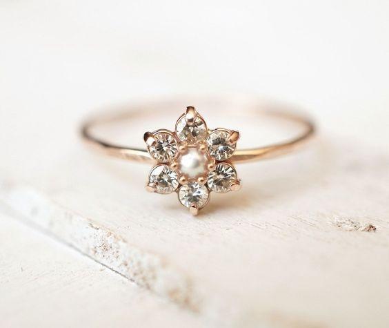 NOIVA VINTAGE Moissanite Ring - Dicas para escolher o anel de noivado de acordo com a personalidade da noiva