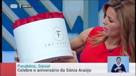 Sonia Araújo recebeu um bouquet The Florist