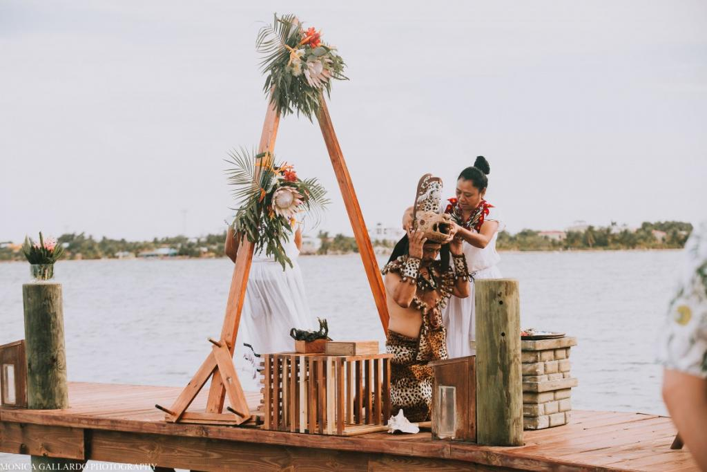 14MonicaGallardoPhotography121 1170x780 1024x683 - Destination Wedding Amy ♥ Jonathan