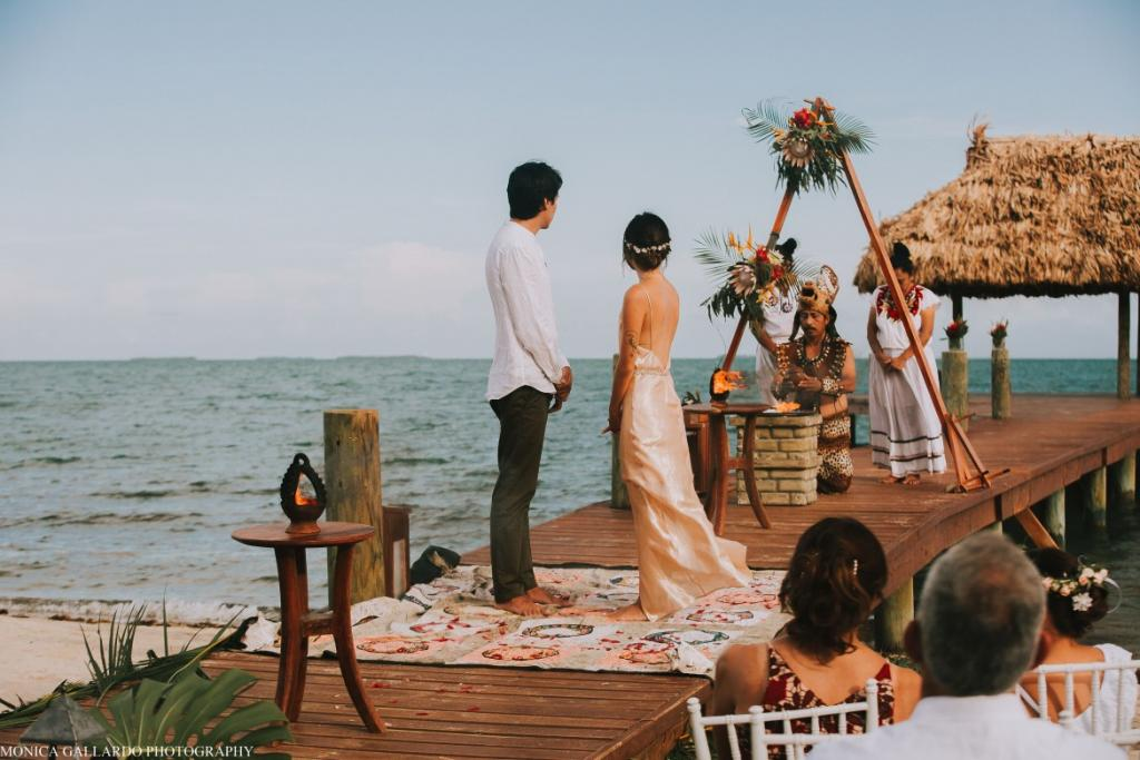 22MonicaGallardoPhotography139 1170x780 1024x683 - Destination Wedding Amy ♥ Jonathan