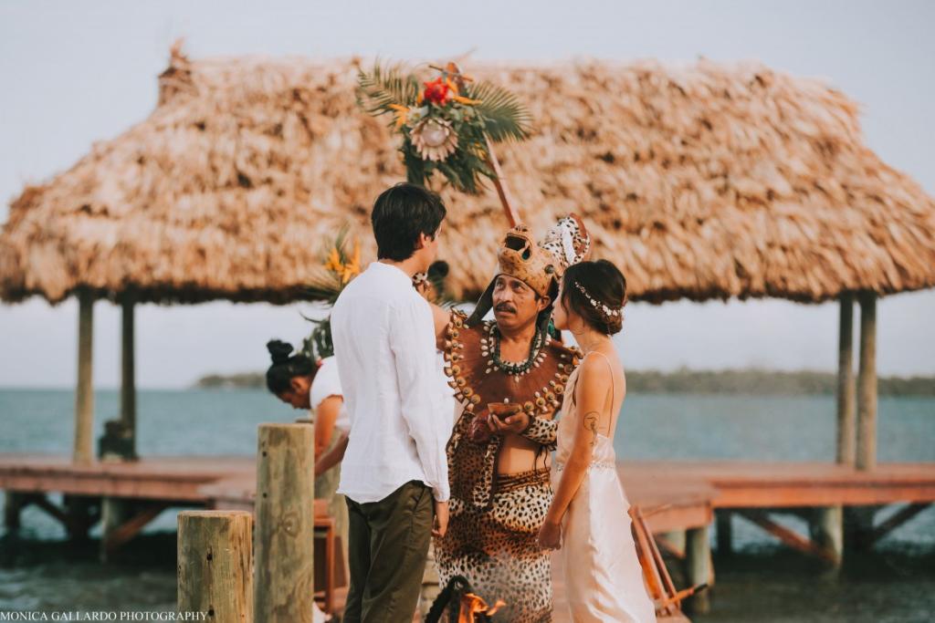 26MonicaGallardoPhotography159 1170x780 1024x683 - Destination Wedding Amy ♥ Jonathan