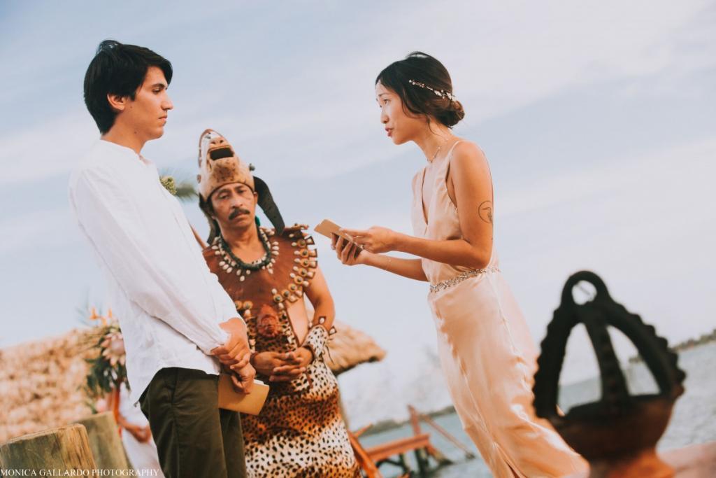 32MonicaGallardoPhotography172 1170x780 1024x683 - Destination Wedding Amy ♥ Jonathan
