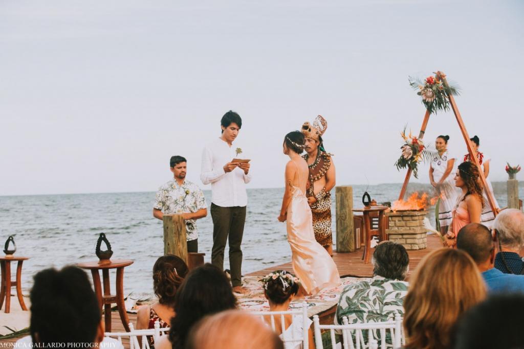 34MonicaGallardoPhotography177 1170x780 1024x683 - Destination Wedding Amy ♥ Jonathan