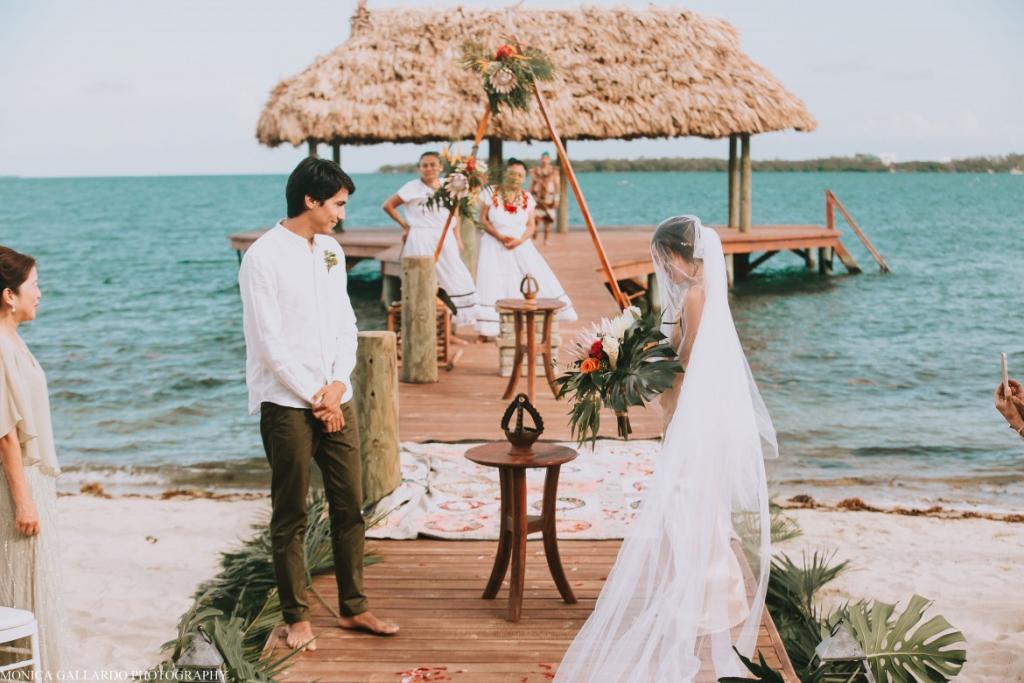 3MonicaGallardoPhotography103 1170x780 1024x683 - Destination Wedding Amy ♥ Jonathan