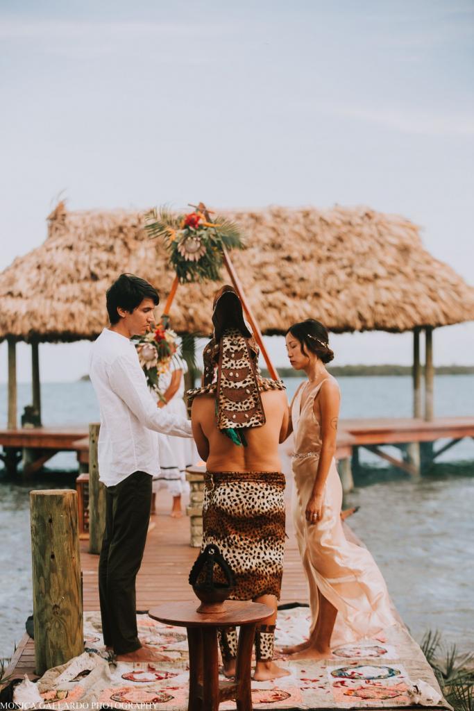 40MonicaGallardoPhotography194 1170x1755 683x1024 - Destination Wedding Amy ♥ Jonathan