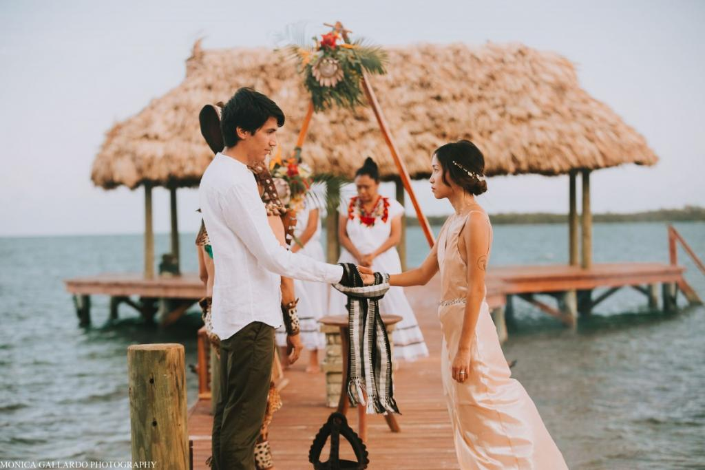 41MonicaGallardoPhotography196 1170x780 1024x683 - Destination Wedding Amy ♥ Jonathan