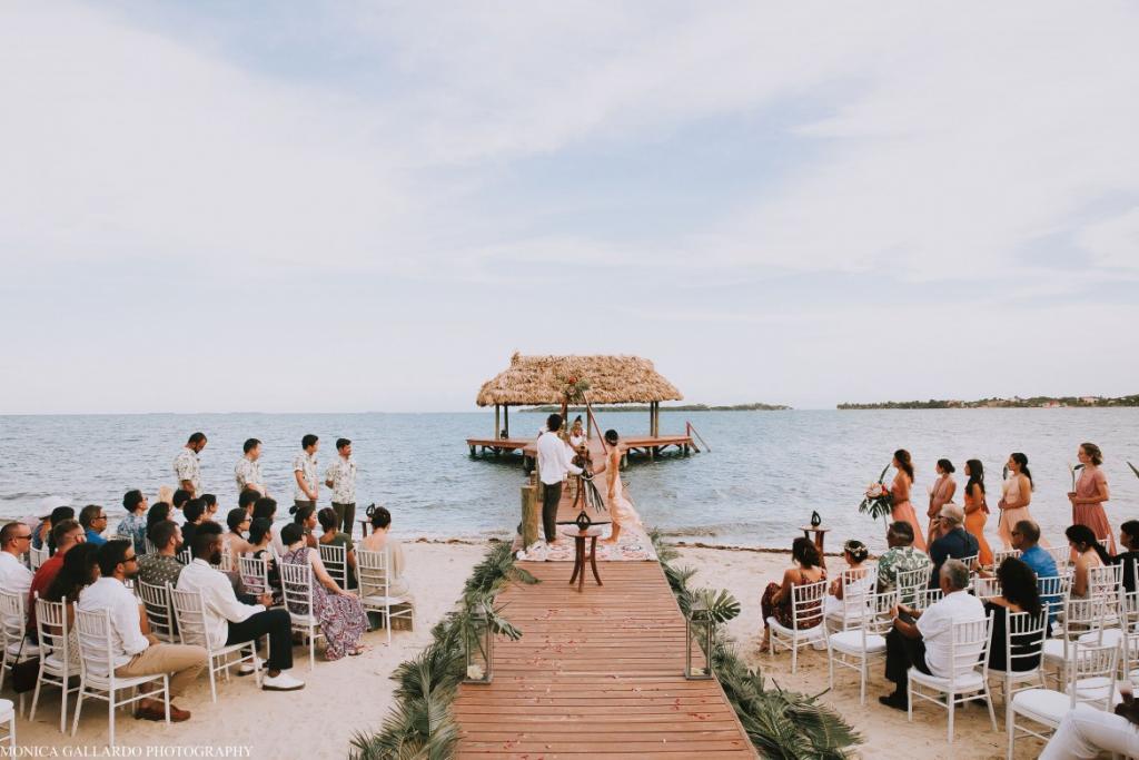 43MonicaGallardoPhotography204 1170x780 1024x683 - Destination Wedding Amy ♥ Jonathan