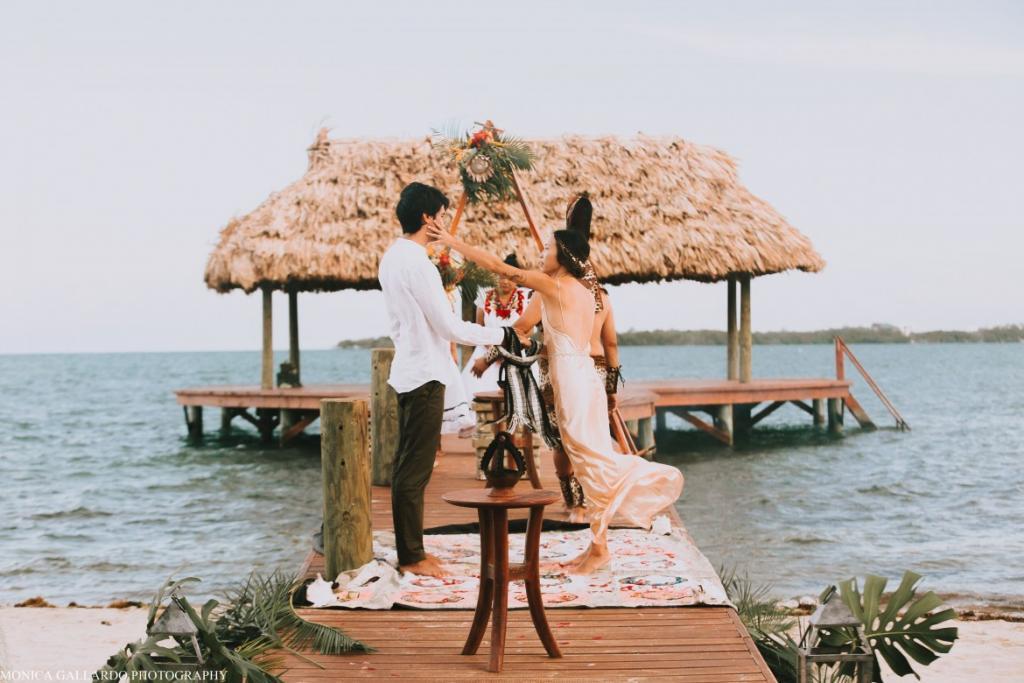 44MonicaGallardoPhotography203 1170x780 1024x683 - Destination Wedding Amy ♥ Jonathan