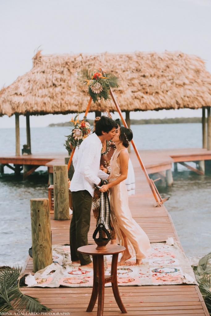 46MonicaGallardoPhotography201 1170x1755 683x1024 - Destination Wedding Amy ♥ Jonathan