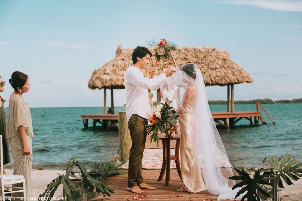 4MonicaGallardoPhotography105 1170x780 1024x683 - Destination Wedding Amy ♥ Jonathan