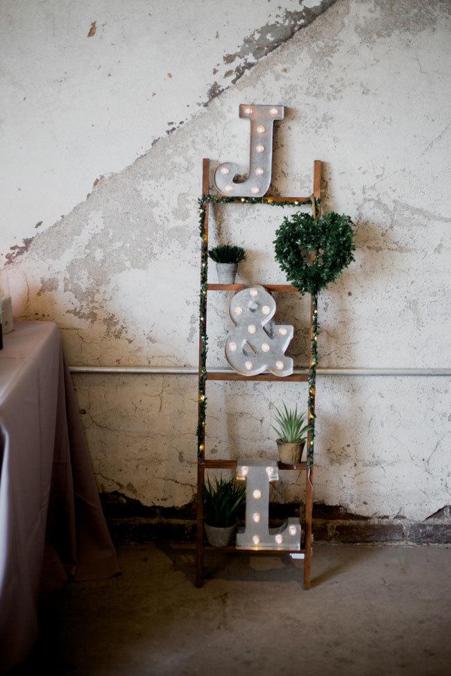 Amy Peppercorn Photography - 10 Inspirações para Casamento Industrial Chique