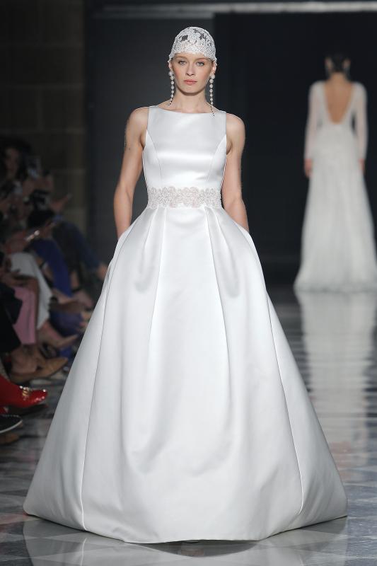 Barcelona Bridal Fashion Week 22 - Vestidos de noiva Rosa Clará 2020