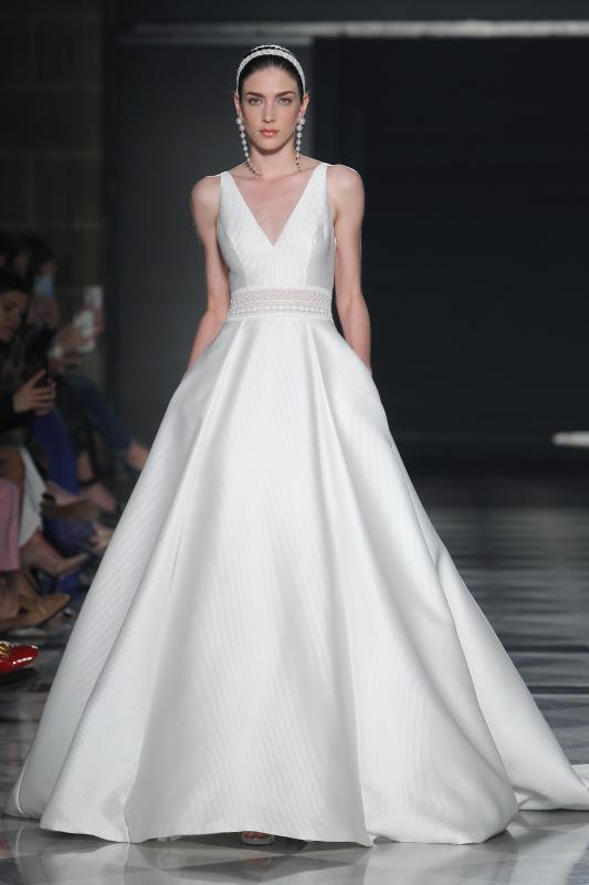 Barcelona Bridal Fashion Week 24 - Vestidos de noiva Rosa Clará 2020