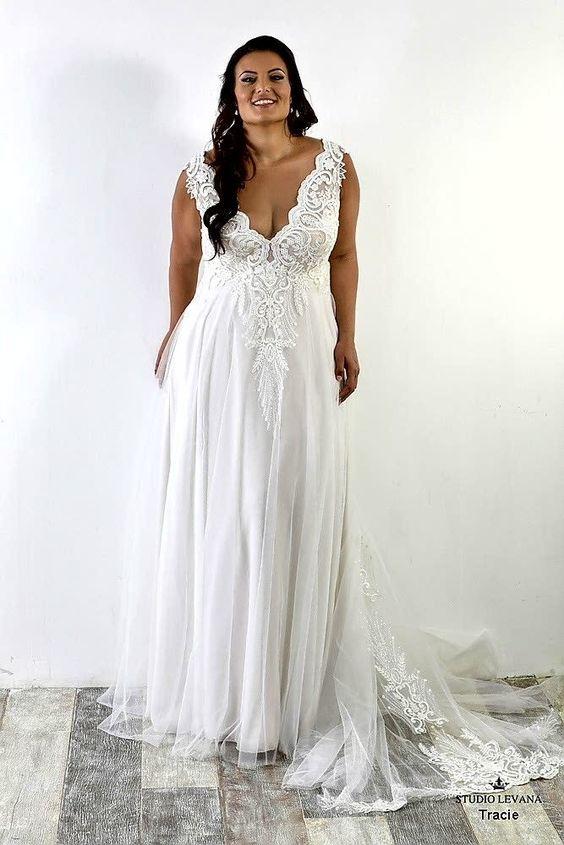 2Foto via Pinterest - Vestidos de Noiva Boho plus size