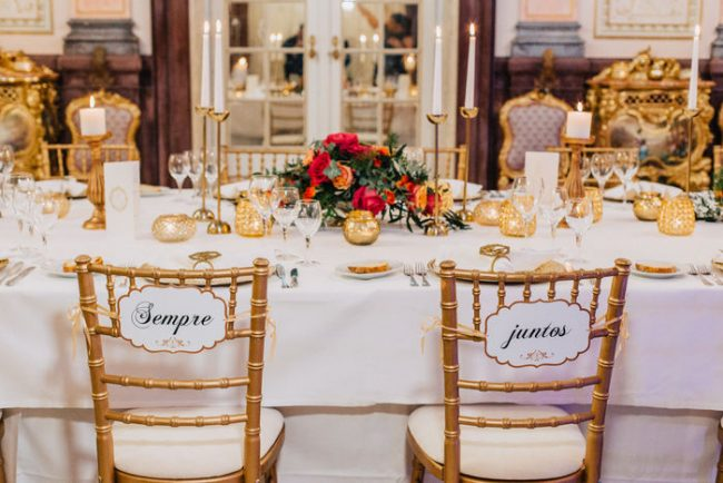 Casamento tons de vermelho mesa 650x434 - Casamento em tons de vermelho