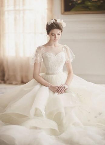 Vestido: Blanc Neul
