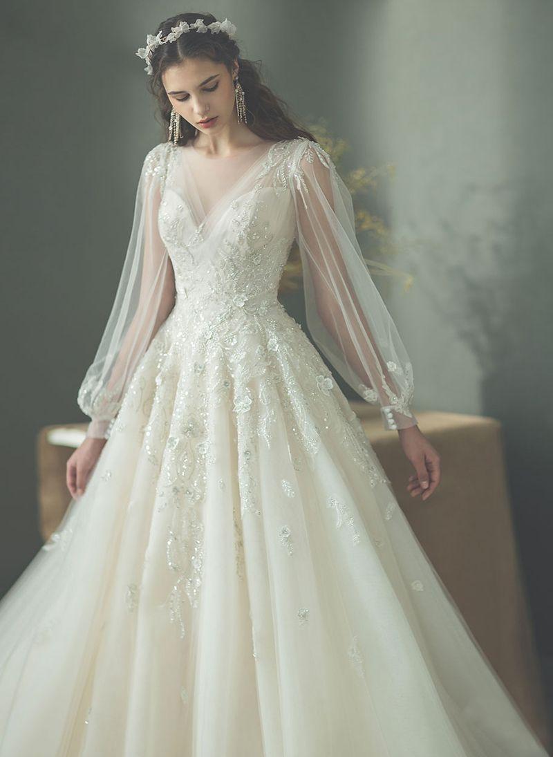 f101e972509dfc3a95e657d81ebf2742 1 - Vestidos de noiva românticos: Inspirações